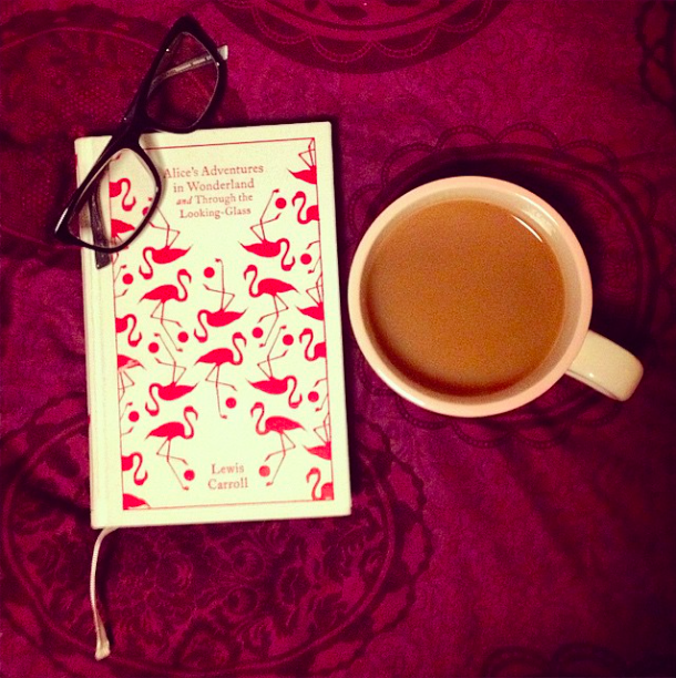 Book Review – Alice's Adventures In Wonderland – Lewis Carroll